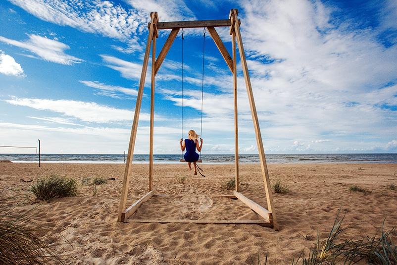 Holiday home Nitaiga swings on the beach